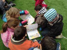 Les 'Petites històries' formen la col.lecció de llibres de no ficció per a nens i nenes més extensa de Catalunya.