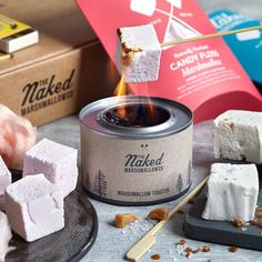 Are you interested in our marshmallow toasting kit? With our gourmet marshmallow toasting kit set you need look no further. Salted Caramel Chocolate, Chocolate Caramels, Chocolate Lovers, Hot Chocolate, Gourmet Marshmallow, Charles Perrault, Bamboo Skewers, Candy Floss, Christmas Gift Guide