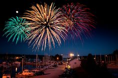 Canada Day Celebrations on Owen Sound Harbour. Sweetwater Music, Happy Canada Day, Music Crafts, G Adventures, Photoshop Photography, Fireworks, Ontario, Northern Lights, Festivals
