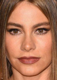 Close-up of Sofia Vergara at the 2015 Vanity Fair Oscar party. http://beautyeditor.ca/2015/02/25/oscars-after-parties-2015