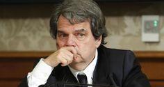 Un Renato Brunetta inorridito per la proposta 'oscena' di stamattina del Ministro Alfano a proposito...