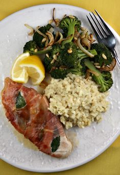 Lemony Chicken Saltimbocca Simple, yet so delicious! Served with ...