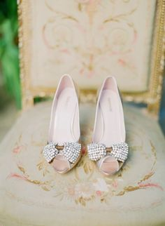 Sparkle bow bridal shoes