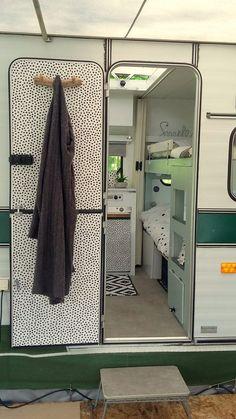 caravan interior 391391023870905491 - Source by PatenteDeern Vintage Caravan Interiors, Caravan Vintage, Vintage Caravans, Vintage Travel, Vintage Airstream, Vintage Campers, Vintage Trailers, Diy Caravan, Caravan Home