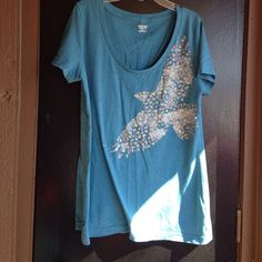 Bird t shirt Blue t with a bird in flowers on the front Mossimo Supply Co Tops Tees - Short Sleeve