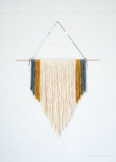 *DIY Easy Macrame Wall Hanging