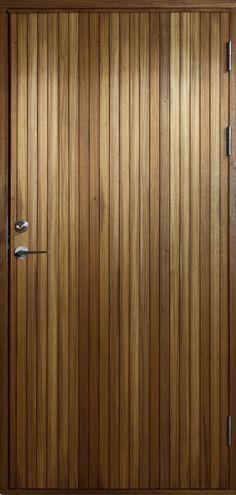 Resö, håndlagde dører i FSC-certifisert freijo | Bovalls dörrbyggeri