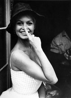 Brigitte photographed by Jean Barthet, 1961.