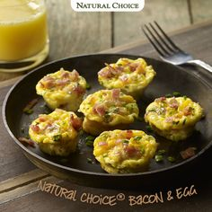 Mini Egg and Bacon Muffins make the perfect weekend breakfast. #natural #naturalchoice #brunch #protein #meal