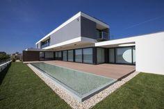 Casa JD / Atelier d'Arquitectura J. A. Lopes da Costa