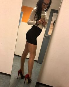 Heels, Dresses And Legs Lover