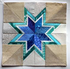 free paper pieced star block Lone Starburst by Six White Horse Patterns This version made by Wombat Quilts Free Paper Piecing Patterns, Star Quilt Patterns, Foundation Paper Piecing, Hexagon Quilt, Square Quilt, Quilting Tutorials, Quilting Projects, Craft Projects, Star Quilt Blocks
