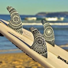 it's all about the details. Love the tribal vibes of the fins. Surf inspiration.