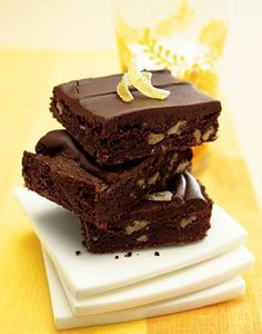 Brownies cu nuci pecan si cafea - www.Foodstory.ro
