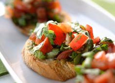 Appetizers: bruschetta/maalaisbruschetta