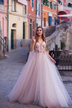 Rose Wedding Dress Sexy Wedding Dresses, Colored Wedding Dresses, Wedding Gowns, Prom Dresses, Pretty Dresses, Beautiful Dresses, Tulle Gown, Princess Wedding, Dream Dress