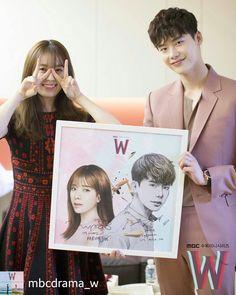 """Lee jong suk """"W Two worlds"""" Drama Lee Jong Suk, Lee Tae Hwan, Jung Suk, Lee Jung, Korean Drama Stars, Korean Drama Movies, Korean Star, Korean Actors, W Kdrama"""