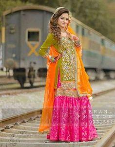 Zainab Chottani Bridal Suit, Ladies Suits Online, Replica Designer Dresses.