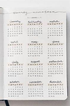 Bullet Journal Tracker, Bullet Journal School, Bullet Journal Inspo, Bullet Journal Minimalist, Bullet Journal Aesthetic, Bullet Journal Notebook, Bullet Journal Ideas Pages, Bullet Journal Yearly Spread, Bullet Journal Year At A Glance Ideas