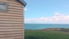 The Look Out, Bude, Cornwall  http://www.sawdays.co.uk/hand-picked/easter-escapes/the-look-out