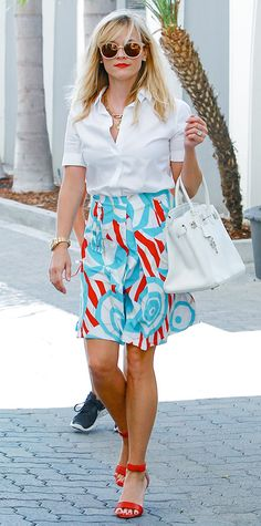 Reese Witherspoon with Birkin bag