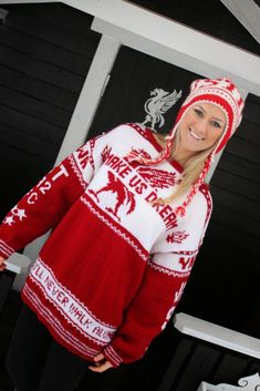 Genser : Make us dream - fremme Crochet Hooks, Crochet Pattern, Knit Crochet, Holiday Costumes, Liverpool Fc, Mittens, Christmas Sweaters, Sewing Patterns, How To Make