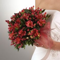 Bouquets for Christmas Weddings