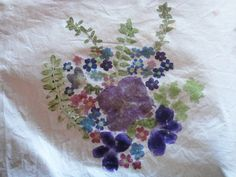 hammered flowers: I've done this on paper before (easy and fun!) but never thought of trying it on fabric!