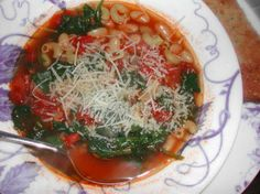 Tuscan white bean and spinach soup - Veganize it!