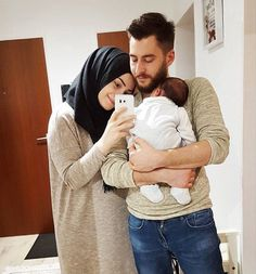 and baby hijab Rukhsar Chhipa Rukhsar Chhipa Couple With Baby, Cute Love Couple, Cute Family, Family Goals, Couple Goals, Cute Muslim Couples, Cute Couples Goals, Romantic Couples, Romantic Weddings