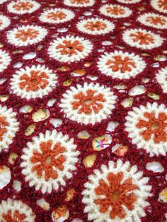 #crochet  A grandmother knit this blanket 50 years ago. The woolen yarn which grandmother use It is the sweater which mother wore at the age of a child.  このブランケットは祖母が50年前に編んだものです。 使用している毛糸は、 母が子供の頃に着ていたセーターです。