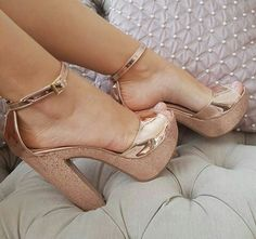 sandals with heels Fancy Shoes, Pretty Shoes, Me Too Shoes, Pumps, Stilettos, High Heels, Wedge Shoes, Shoes Heels, Gold Heels