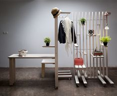 We present plug - a modular room divider system of the Spanish design duo Jorge Frías Montes and Irene Zurdo Prieto of Estudio JI. The room divider has an Cool Furniture, Furniture Design, Partition Screen, Diy Room Divider, Room Dividers, Interior Architecture, Interior Design, Design Design, Divider Design