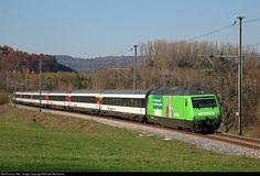 RailPictures.Net Photo: 460 080 SBB Re 460 at Lottstetten, Germany by Richard Behrbohm