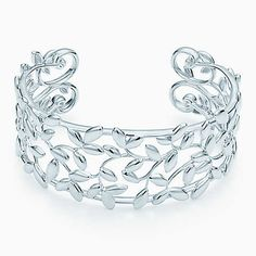 Paloma Picasso® Olive Leaf cuff in sterling silver, medium.
