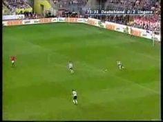 Erstes Länderspiel von Bastian Schweinsteiger und Lukas Podolski (06.06.2004)