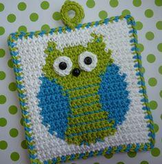 Crochet pattern: Owl Potholder by Whiskers and Wool for sale on Etsy Crochet Potholder Patterns, Crochet Owls, Crochet Motifs, Crochet Dishcloths, Crochet Squares, Love Crochet, Knit Crochet, Double Crochet, Single Crochet