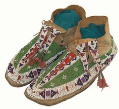 Sioux #Beaded Moccasins