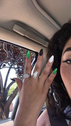 48 Edgy and Bold Nails Design Ideas| Proud Beauty – Sohotamess Simple Acrylic Nails, Summer Acrylic Nails, Best Acrylic Nails, Acrylic Nail Designs, Simple Nails, Summer Nails, Edgy Nails, Grunge Nails, Stylish Nails