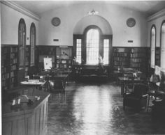 Stanford L. Warren Library in Durham's Hayti neighborhood, 1940 : Library History Collection, NC Digital Collections.