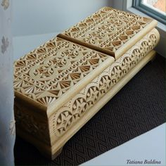 """High mountains"" (chip carving, pattern by Tatiana Baldina) https://instagram.com/tatbalcarvings/"