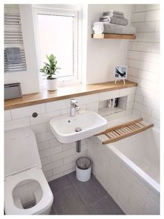 Apartment bathroom renovation small spaces 43 ideas for 2019 Mold In Bathroom, Bathroom Spa, Wood Bathroom, Bathroom Layout, Bathroom Interior, Bathroom Ideas, Bathroom Remodeling, Bathroom Cabinets, Bathroom Storage