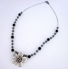 Flower Pendant £15.00 Flower Pendant, Handmade Necklaces, Beaded Necklace, Jewellery, Flowers, Beaded Collar, Jewels, Pearl Necklace, Schmuck