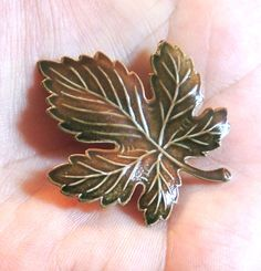 Leaf Brooch, Enameled Pin, Maple Leaf Pin, Autumn Fall Jewelry, Vintage Brooch, Vintage Pin, Vintage Jewelry by OodlesofBling on Etsy https://www.etsy.com/listing/246373617/leaf-brooch-enameled-pin-maple-leaf-pin