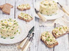 Salata de oua cu ton, rapida si delicioasa, un amestec de oua fierte, ton, ceaa verde si crema de branza. Ideala la micul dejun,dar si ca aperitiv festiv.