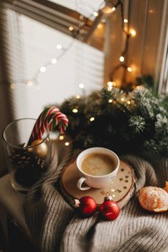 christmas-mood-christmas-mood-christmas-mood-newstvsets-tvsetsdesign-tvse/ - The world's most private search engine Christmas Mood, Merry Little Christmas, Noel Christmas, All Things Christmas, Holiday Mood, Christmas Lights, Christmas Flatlay, Christmas Tumblr, Merry Christmas Photos