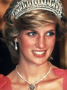 June 20, 1983: Princess Diana attending an official dinner at Rideau Hall, Ottawa, Canada. (Day 7)