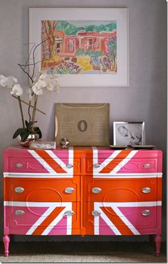 pink and orange does it get any better, would be pretty as a TV stand