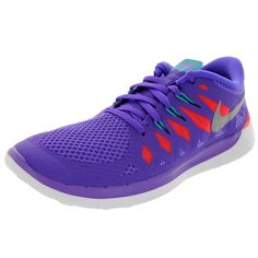 The Nike Free 5.0+ Kids Running Shoe provides the foot strengthening benefits of natural motion, along with the cushioning, traction and underfoot protection of a traditional shoe. Color: Purple Fit t