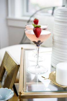 Fourth of July strawberry and basil cocktail - AOL Food Festive Cocktails, Classic Cocktails, Summer Cocktails, Fourth Of July Food, July 4th, Basil Cocktail, Best Cocktail Recipes, Brunch Buffet, Summer Barbecue